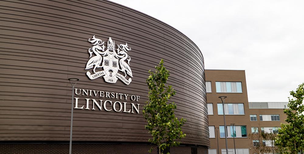 Giới thiệu Thông tin tuyển sinh khóa 2 Chương trình hợp tác đào tạo tiến sĩ giữa Trường Đại học Kinh tế Quốc dân và Đại học Lincoln (Vương quốc Anh)
